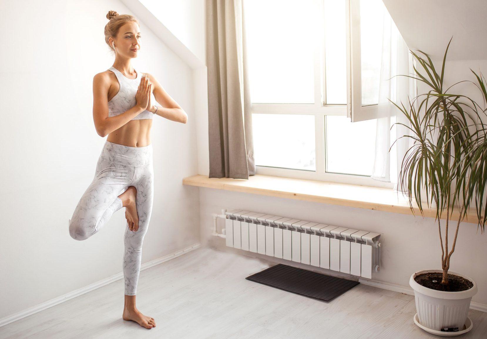 5 exercícios de Superioga para fortalecer o abdômen