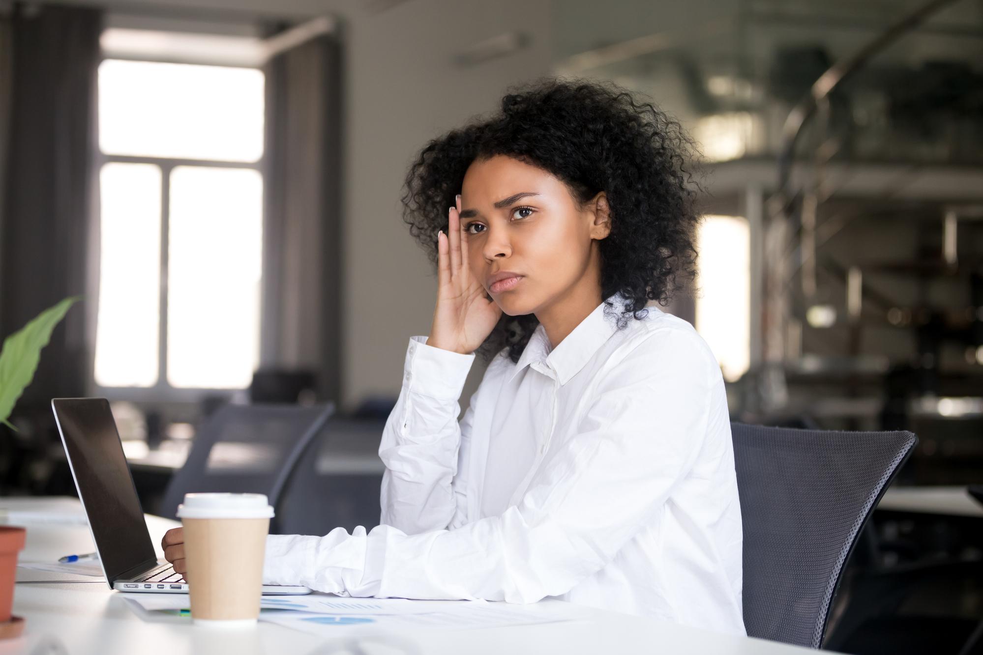 Síndrome de Burnout: os 12 estágios do esgotamento mental