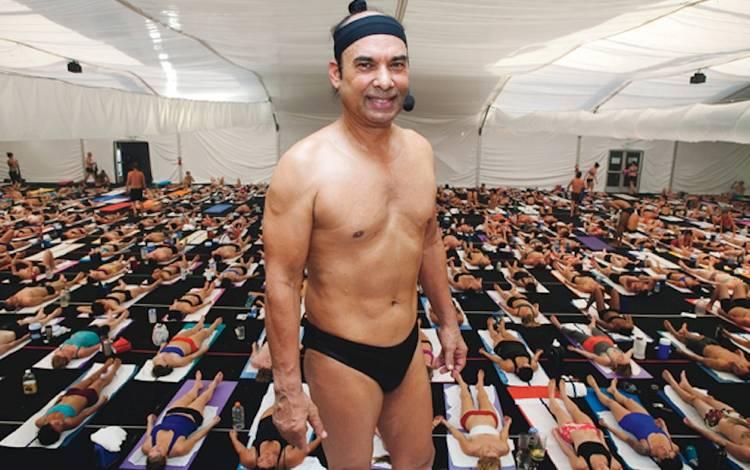 Documentário da Netflix mostra face perturbadora do criador da Bikram Yoga