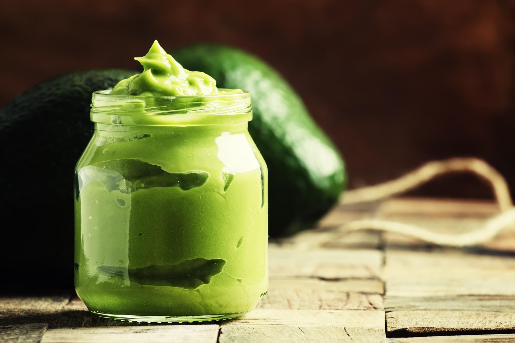 Este mousse de abacate com amendoim dá saciedade e ajuda na recuperação muscular