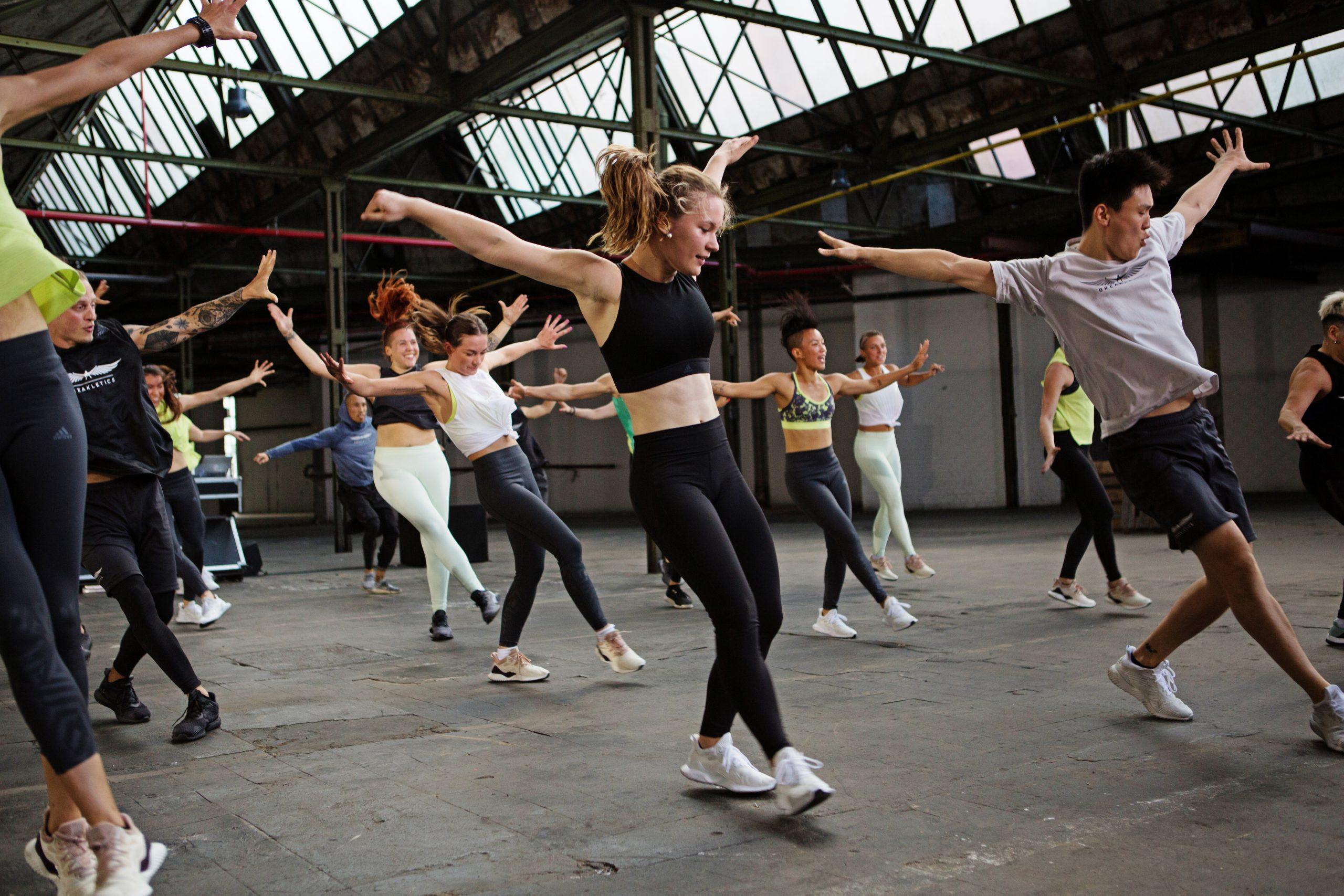 HIIT the beat: nova aula combina exercícios funcionais e breakdance